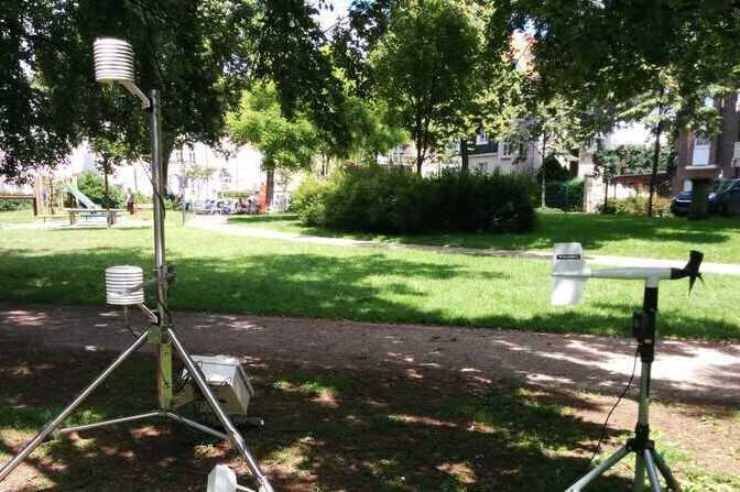 Urban Climate Studies - Measurement Devices in the Park